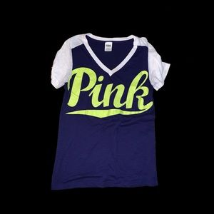 VS PINK T-shirt